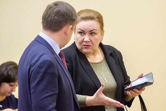 Не исключено, что дадут мандат и временно безработной Галине Калашниковой, которая ранее руководила этим же интернатом, а до этого была и. о. начальника управления культуры района