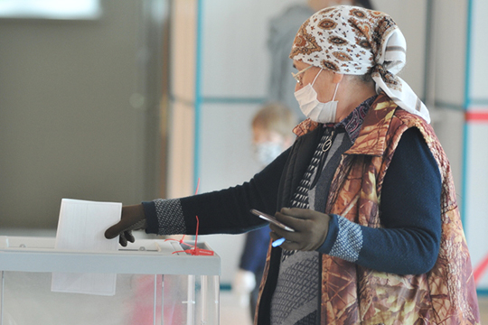 Выборы в Елабуге отличаются тем, что проходят полностью по мажоритарной системе. Всего в Елабуге традиционно 20 округов, на которые претендуют 41 зарегистрированный кандидат — по два в каждом