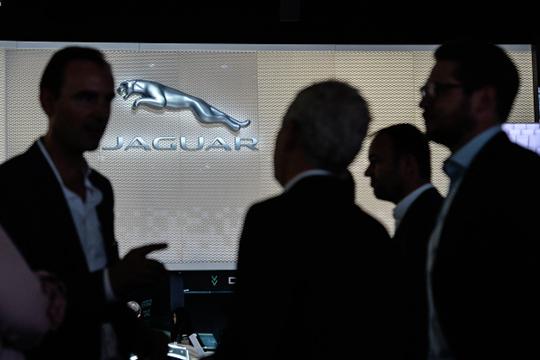 У Jaguar было зарегистрировано только два авто текущего года и еще 7 прошлогодних, а в январе–июне 2019 по 9 и 13 авто соответственно