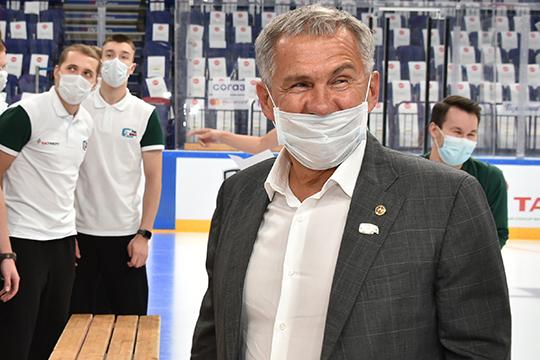 Рустам Минниханов во время встречи с командой, в свою очередь, заявил, что «Ак Барс» — визитная карточка Татарстана, а хоккей — главный спорт в республике