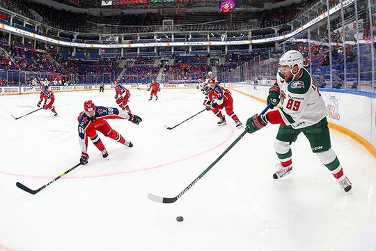Большой хоккей вернулся в Россию. КХЛ молчала полгода — в марте чемпионат был завершен досрочно из-за пандемии коронавируса