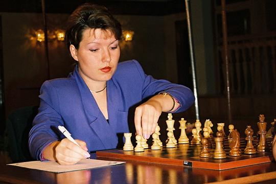 «Думаю, у всех сильных шахматистов хорошая память. То ли это природный талант, то ли именно шахматы её развивают — наверное, здесь всё индивидуально» (на фото 1999 год)