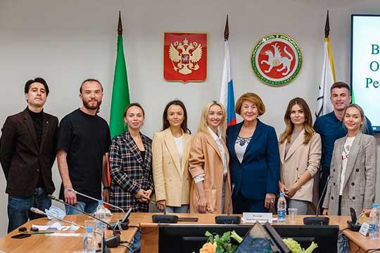Зиля Валеева: «Выимеете огромный опыт общения, идля вас работа будет очень интересной»