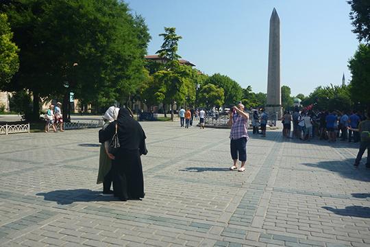 Арабские туристы вСтамбуле