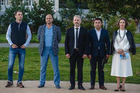 «Стать самым благоустроенным икомфортным для проживания городом страны»— такую амбициозную цель для столицы Татарстана заявляют вКазанском отделении «Единой России»