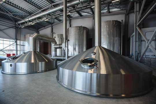 За8 месяцев 2020 года пиво завода «Белый Кремль» реализовано вобъеме 7640тыс. декалитров, втом числе наместный рынок 2551тыс. декалитров, врегионы России— 5089тыс. декалитров