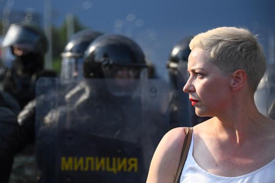 Утром 7 сентября неизвестные люди посадили в микроавтобус Марию Колесникову возле Национального художественного музея, и увезли в неизвестном направлении