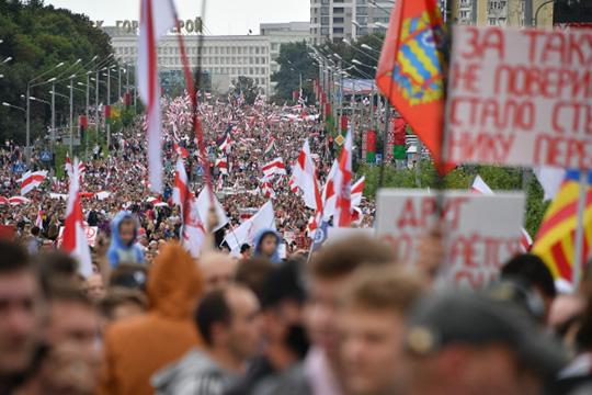 В воскресенье по всей Беларуси прошла акция протеста Марш единства. По оценке проекта «Голос», марш собрал не менее 140 тыс. человек