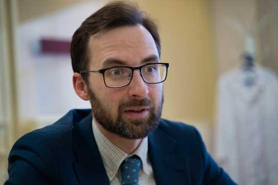 «Связывать это сCOVID-19 ябы нестал»: власти объяснили июльский рост смертности на54%