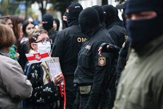 «Вопрос революции не снят с повестки дня. В Беларуси происходит революция, потому что изменение Конституции — это революционные изменения»