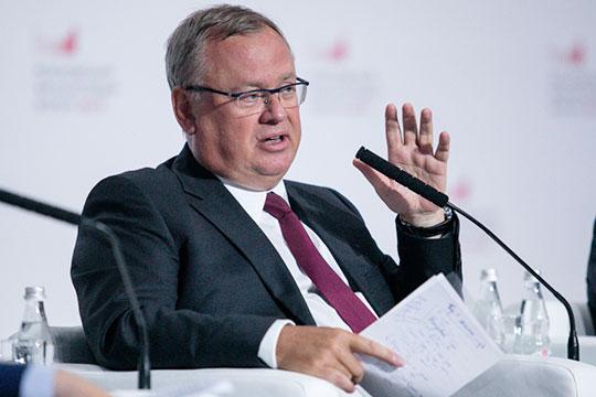 Андрей Костин: «Мы видим, что в ряде западных стран, в том числе в США, используется система стимулирования занятости… Одним из методов может являться вычет платежей НДФЛ вплоть до отрицательных»