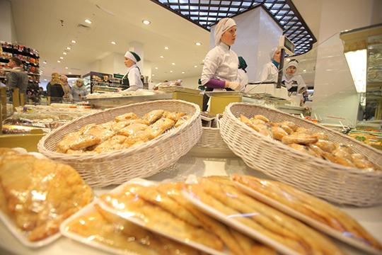 """«Сколько можно совмещать работу с готовкой? Посидев дома, все захотят в """"Бахетле"""". Сто процентов. Мы готовы до нового года подождать, переждать»"""