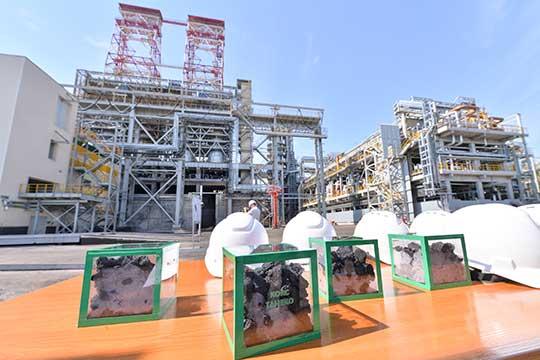 Переработку нефти усебя обеспечивает построенный снуля комплекс заводов «ТАНЕКО». Средства отпродажи сырой нефти, когда она была дорогой, непроедались, авкладывались встроительство новых высокотехнологичных производств, модернизацию действующих