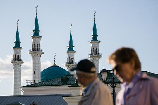 В Татарстане за этот период, то есть с середины августа, вопреки общероссийской тенденции наблюдается постепенное снижение числа новых случаев заражения