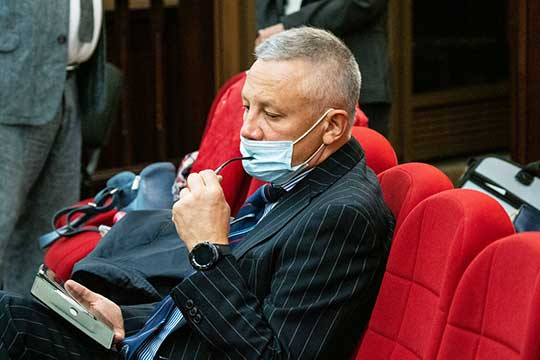 Ильдус Янышевприходил поддержать Халиуллина еще вовремена разбирательств вВахитовском суде