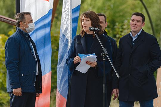 По словам Евгении Лодвиговой, заминувшие пять лет вобщественные приемные партии поступило 13тыс. обращений казанцев, изкоторых решение нашли более80%.