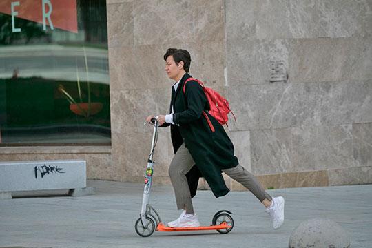 Приоритет и вовсе будет отдаваться немоторизированным средствам передвижения вроде самокатов и велосипедов, а также метро и рельсовому транспорту