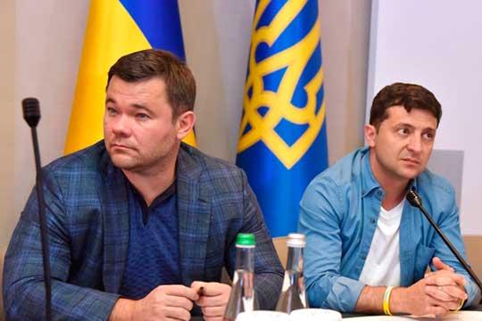 Одним изглавных медиасобытий напостсоветском пространстве стало интервьюАндрея Богдана (слева) –экс-главы Офиса президента Украины Владимира Зеленского (справа)