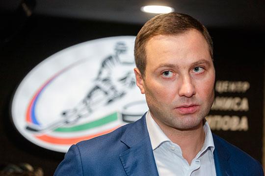 Алексей Морозов просил клубы в случае заражений некоторых игроков привлекать молодежь из ВХЛ или МХЛ. Всё для того, чтобы при плотном календаре массово не переносить или не отменять игры
