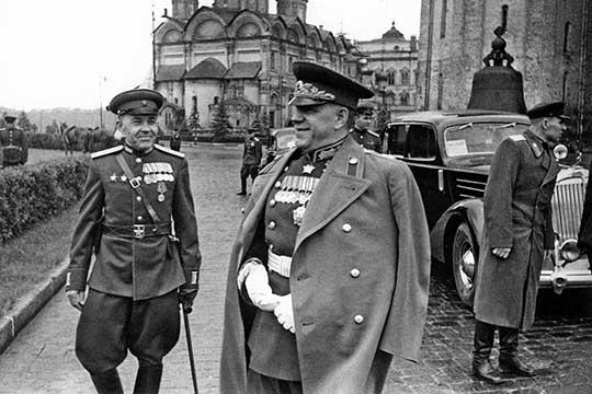 В своих мемуарах Георгий Жуков написал: «... части 21-й армии форсировали 13 июля Днепр, освободили Рогачев и Жлобин. Главный удар осуществлял 63-й стрелковый корпус...»