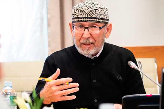 Дамир Исхаков: «На татарские дела выделяют деньги, но при этом как бы поручают осмысление того, куда это должно идти, кому-то, кто и решает все»