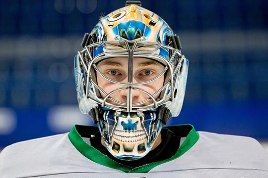 В «Салават Юлаев» возвращается Даниил Тарасов, который прошлый сезон провёл в финском «Эссяте». У вратаря есть подписанный контракт с «Коламбусом», который и отправлял его в аренду в Финляндию
