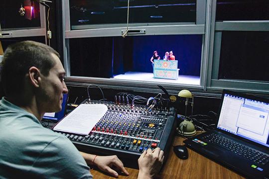 «Весь спектр театральных специалистов мы можем готовить у себя в республике»