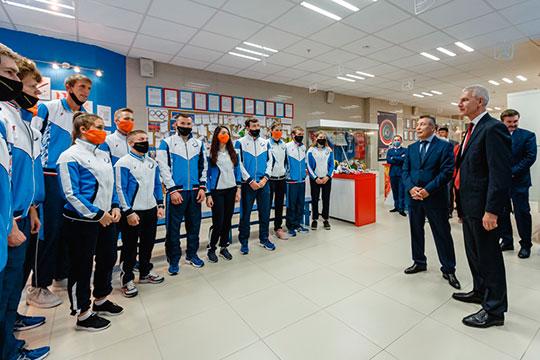 На прошлой неделе Мутыцин уже посещал академию, и вуз удостоился высокой оценки