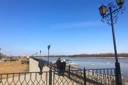 Почти сразуже подозрения уэкономических полицейских упали нагосконтракт поберегоукреплению реки Вятки вМамадыше
