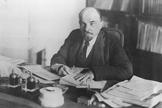 Ленин в противовес Татаро-Башкирской Республике признал отдельную Башкирскую Республику