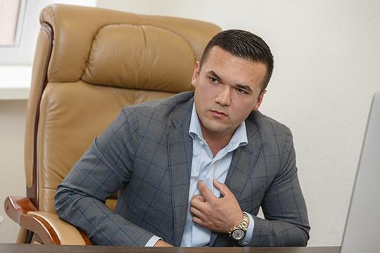 Разиль Валиахметов:«Эти шесть лет были одновременно непростыми, ноинтересными: унас сформировалась база из20 тысяч постоянных клиентов, авсего мыпочистили свыше 1,2 миллиона изделий, что немало относительно рынка»