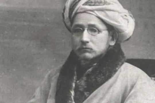 Мухаммад-Садык Иманкулый (1870–1932) на рубеже XIX и XX столетий был крупным татарским религиозным и общественным деятелем, ученым-просветителем, богословом, толкователем Корана, поэтом и писателем