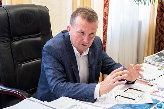 Николай Курчаткин:«Набизнесе сказывается даже сезонность! Летом нам работается лучше— шашлыки, авэтом году сыграло еще ито, что россияне непоехали вдругие страны»