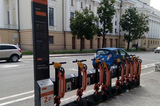 Упор на общественный транспорт делают и в Казани. Метшин добавил, что в 2019 году в Казани заработал сервис каршеринга на 400 машин, в этом году запустили прокат 1,6 тыс. самокатов