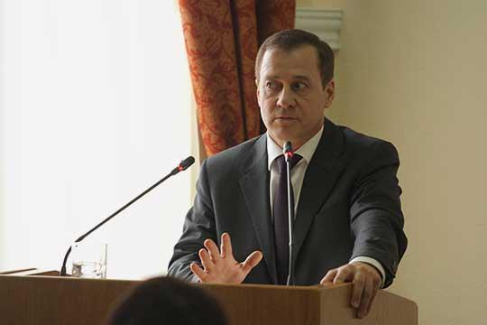 Кандидатура Юрия Глазова была единогласна одобрена сенаторами надолжность заместителя председателя Верховного суда РФ— председателя судебной коллегии погражданским делам