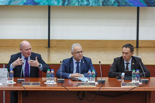 Основатель совета по экологическому строительству (RuGBC) Гай Имз (слева): «Я приезжал несколько раз в Альметьевск, чувствовал себя как дома, познакомился со всеми командами»