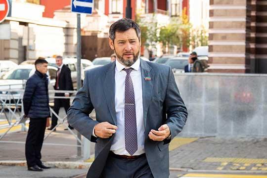 Олег Коробченко: «У меня рекомендация: когда будете заниматься защитой прав детей, помните об этом, и что дети, которые растут у нас в семьях, должны жить по законам и традициям наших предков, а не по европейским традициям»