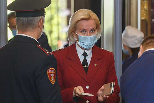 Марина Патяшина: «Мы ожидаем подъем заболеваемости гриппом и острыми респираторными вирусными инфекциями. И этот эпидсезон осложняется тем, что на него наслаивается новая коронавирусная инфекция»