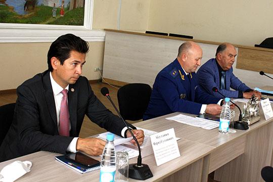 Фарид Абдулганиев обратил внимание на то, что административное воздействие на бизнес повышают именно федеральные ведомства