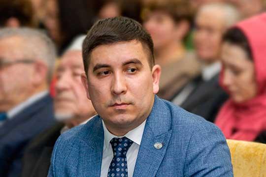 Новый шеф исполкома ВКТ — 31-летний Данис Шакиров, впрочем теперь это уже не главная должность в татарском мире