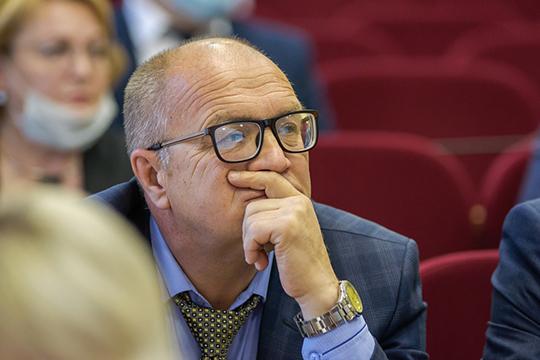 Ильшат Шаймуратов:«Мыпровели хорошую работу совместно сволонтерами, старшими подомам, интересные наказы будут являться нашим планом действий напредстоящую пятилетку»