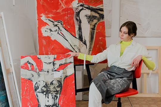 Елена Алексеева: «Я рисую с детства. Училась в художественной школе, потом в колледже. В институте у меня уже было дизайнерское направление и долгое время я работала дизайнером»