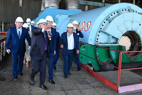 Улучшаются и позиции гендиректора «Татэнерго» Раузила Хазиева (22), которому с помощью Рустама Минниханова удалось добиться решения о модернизации Заинской ГРЭС