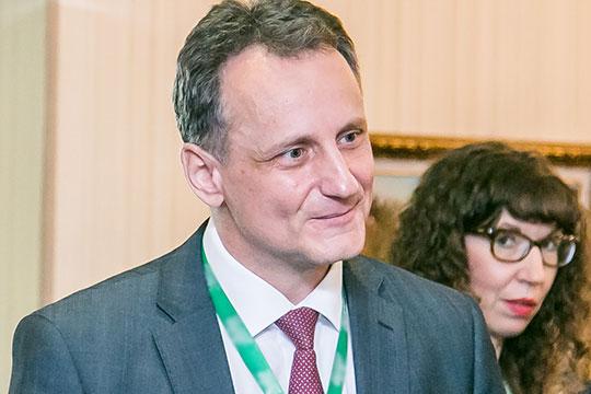 В марте 2020 года Николаев был уволен. Он находился в командировке в Москве, которую руководство «Техстроя» оформило как прогул