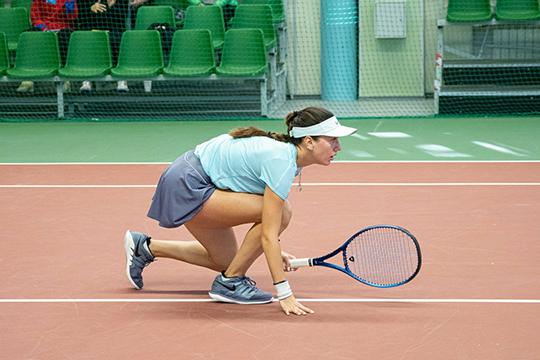 Нароссийских соревнованиях академия тенниса останавливаться несобирается. Сейчас, понашей информации, ведутся переговоры оборганизации осенью двух турниров серии ITF— одного взрослого, другого юниорского
