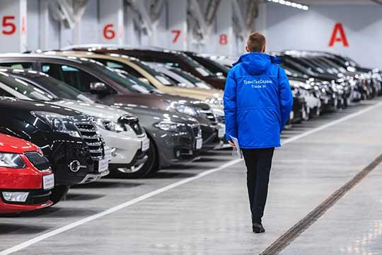 «Большая часть переговорного процесса по купле-продаже автомобиля уходит в интернет. И оплата, конечно»
