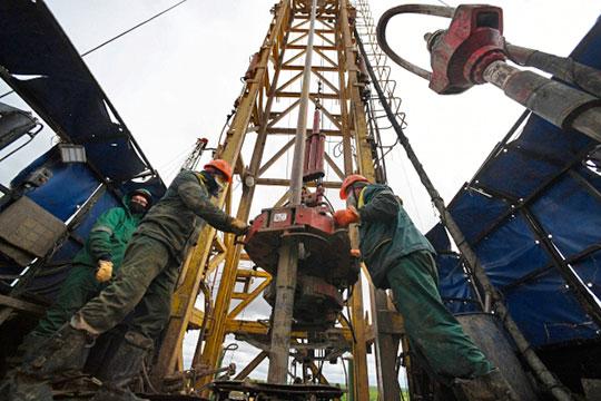 Курс на «раскулачивание» нефтяников был взят вскоре после перезагрузки правительства РФ в начале года