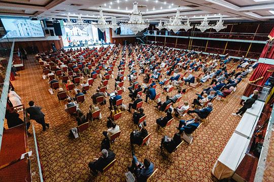 Практически рекордное число участников современ введения ограничительных мер из-за пандемии собрал сегодня зал «Корстона»