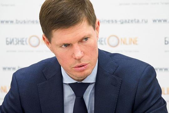Дмитрий Анисимов: «Мониторим ситуацию в ТСЖ и ЖСК, председатели которых тоже не торопятся подавать тепло в квартиры — экономят»