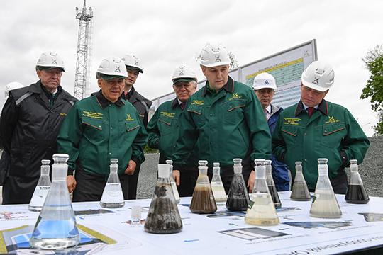 В 2017 годуШамгуновместе с Рустамом Миннихановым запустил на предприятии реконструированный цех по очистке промышленных сточных вод стоимостью 4 млрд рублей